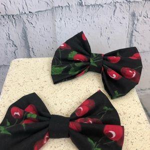 Accessories - Hair bows cherry